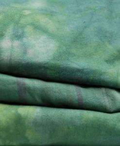Batikfärgade lakan